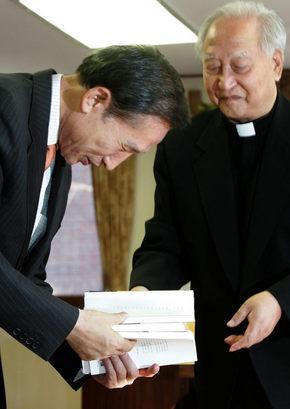 평신도들의 일희일비가 한국천주교(가톨릭) 망친다.