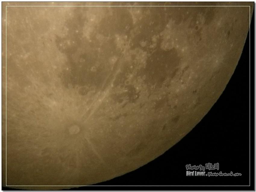 2008년 7월 18일의 달