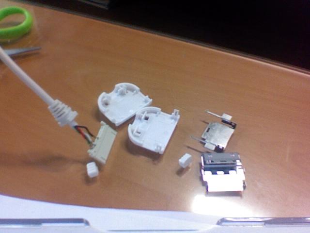 아이팟 USB 분해사진