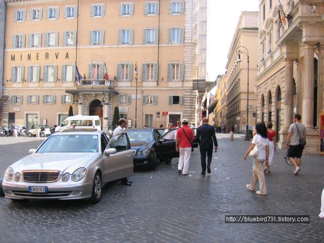 로마에서 '벤츠투어'를 해보자